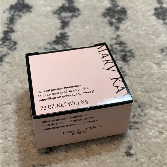 Mary Kay Other - Mary Kay Mineral Powder Foundation